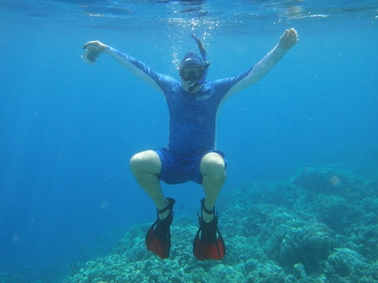 Tim, snorkelling at Captain Cook Reserve on the Big Island